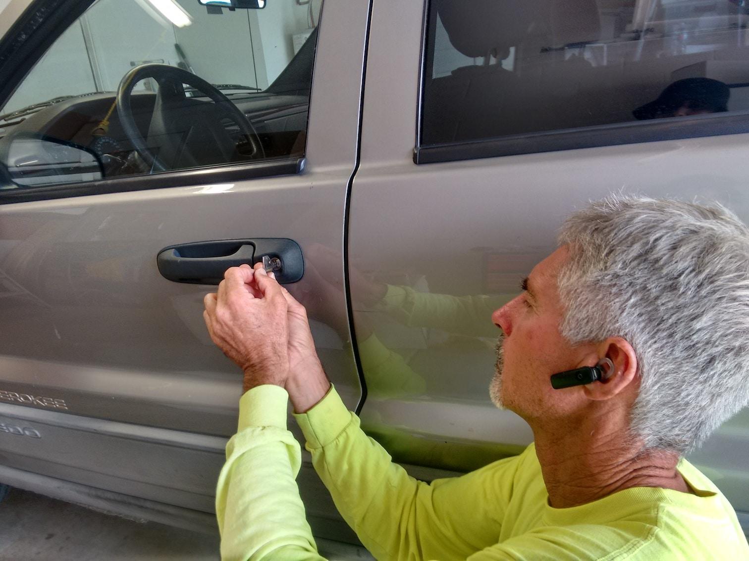 We can fix your car, van or truck door locks.