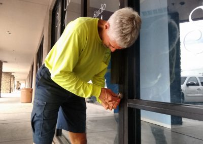 Commercial Locksmith, Unlock Door in Glendale AZ